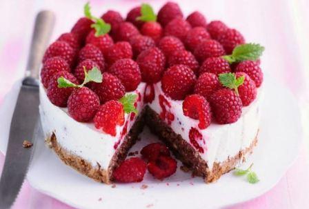 Пирог с замороженной малиной рецепт